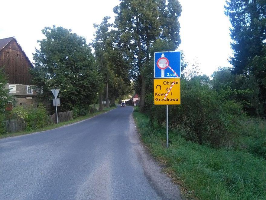 Gruszków: Autobusy MZK nie jeżdżą do Gruszkowa, bo trwa remont drogi