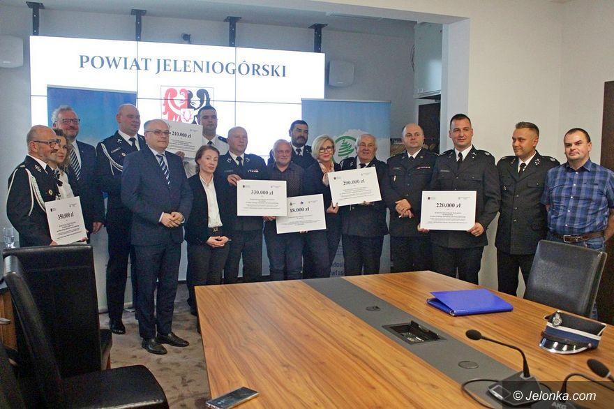 Jelenia Góra: Wsparcie na zakup wozów strażackich