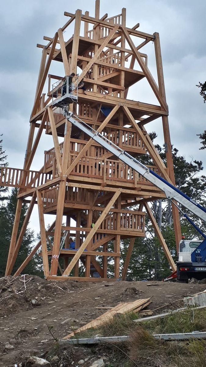Świeradów Zdrój: Nadleśnictwo buduje wieżę widokową