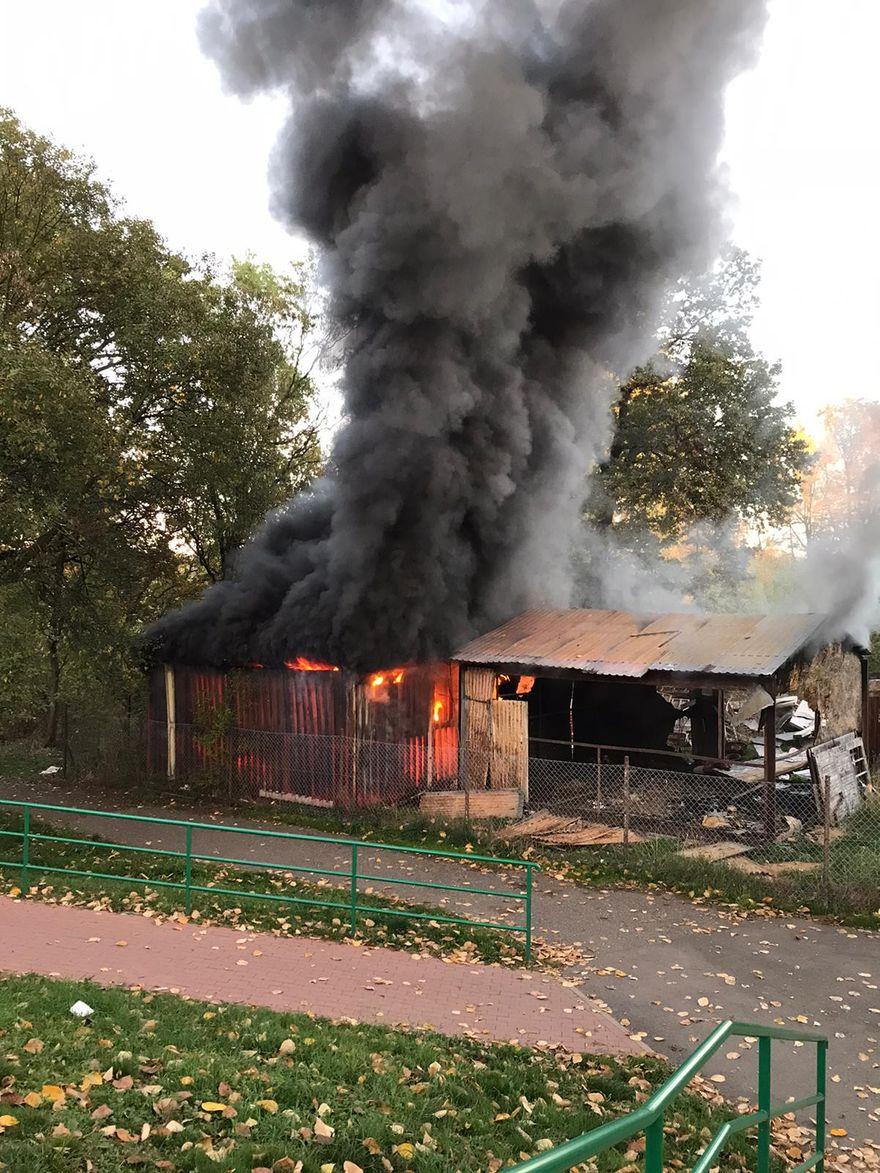 Jelenia Góra: Pożar baraku przy Kolberga