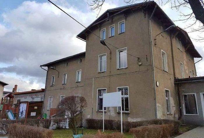 Mysłakowice: Rusza remont dachu GOK–u