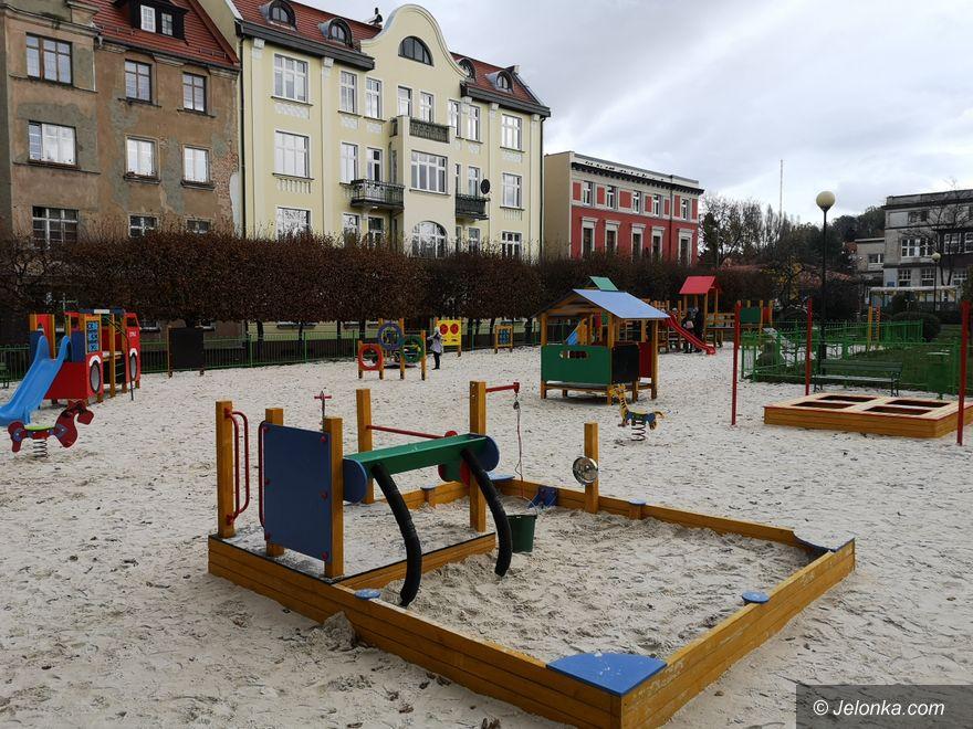 Jelenia Góra: Plac zabaw cieszy użytkowników