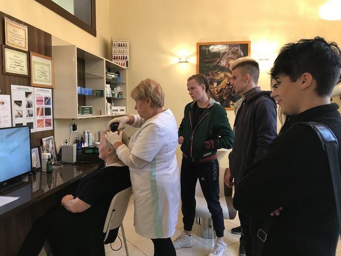 Jelenia Góra: Co kryje w sobie włos?