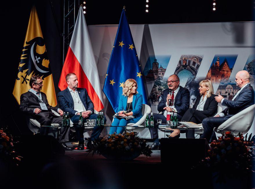 Region: Dolnośląski Kongres Samorządowy: silny samorząd – silne państwo