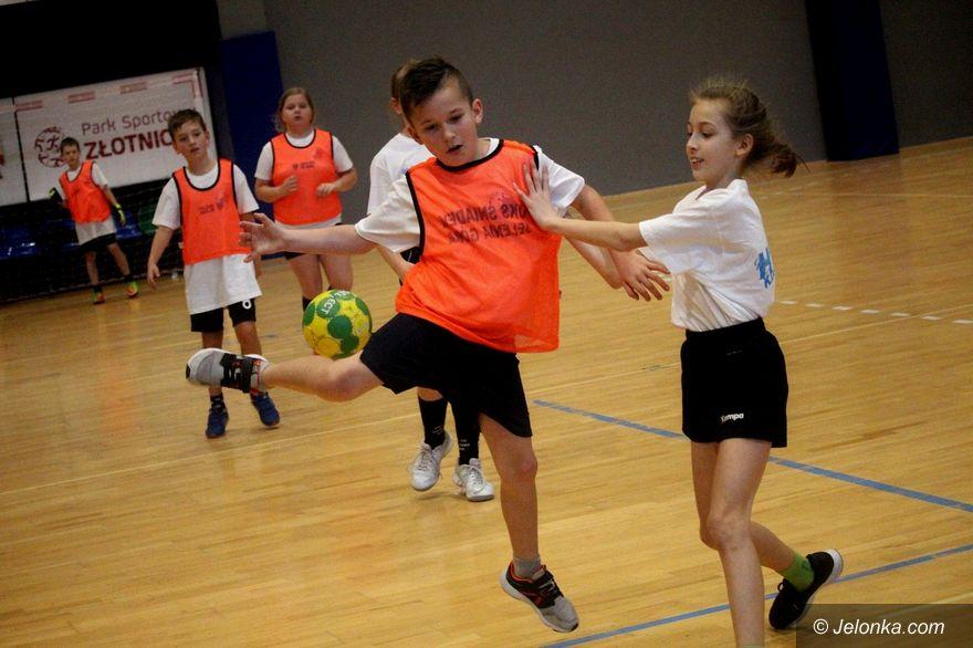 Jelenia Góra: Zmagania z piłką ręczną