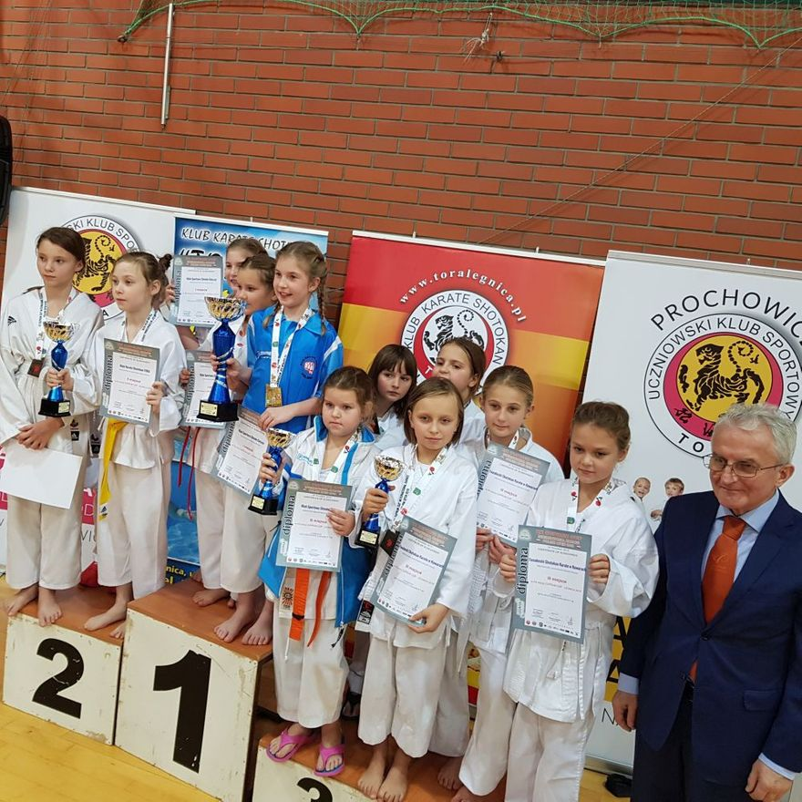 Legnica: Udany występ kowarskich karateków