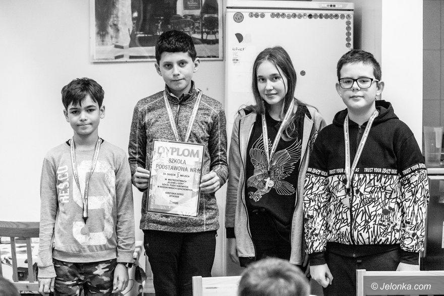 Jelenia Góra: SP 11 szachowym mistrzem