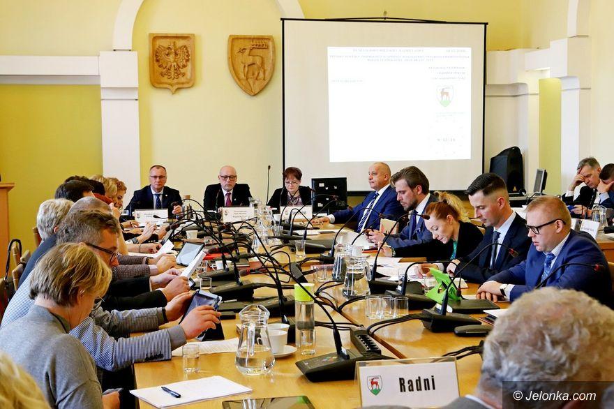 Jelenia Góra: Światopoglądowa dyskusja radnych