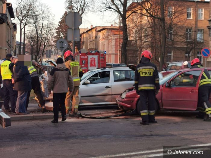 Jelenia Góra: Kolizja dwóch aut