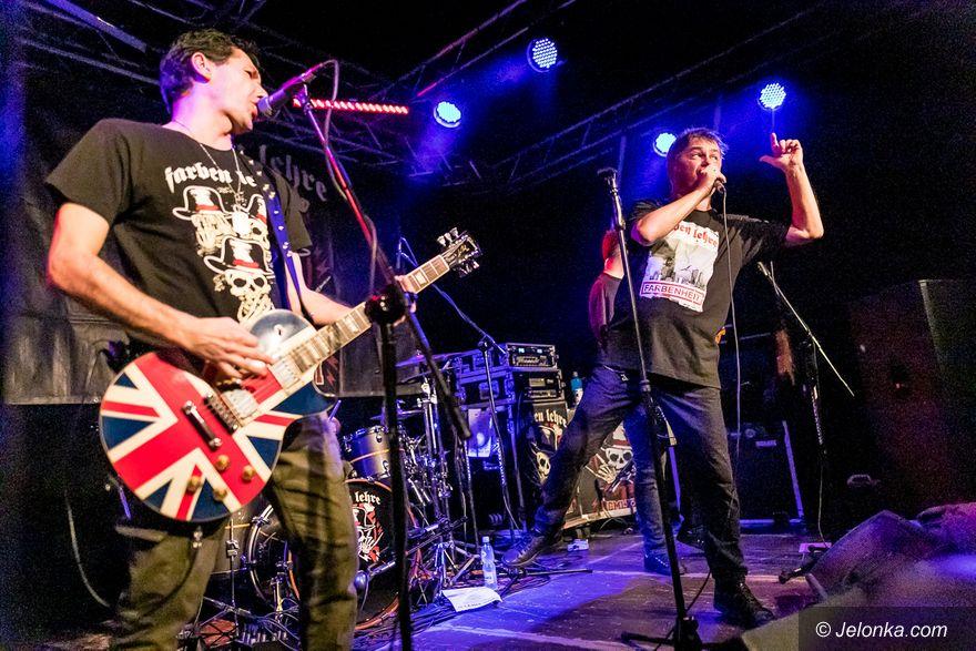 Jelenia Góra: Komplet na koncercie punkowym w JCK