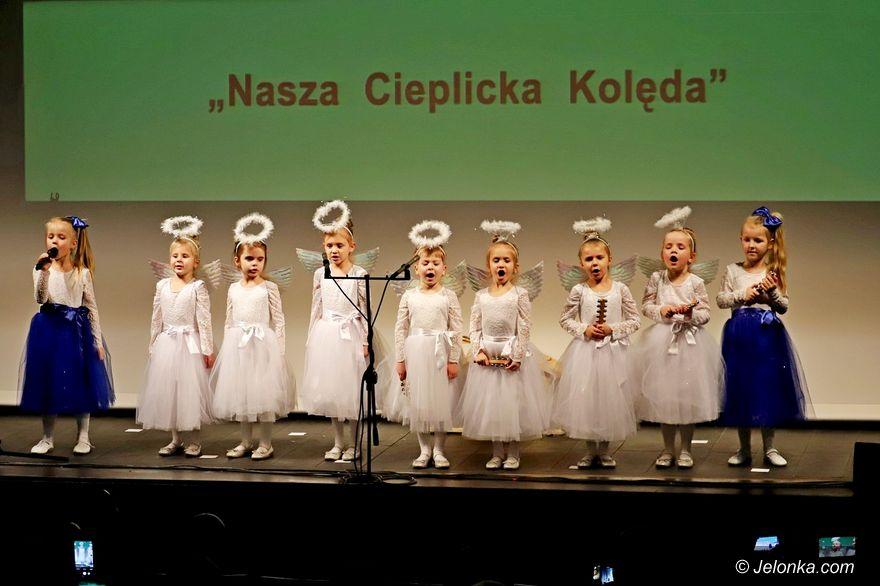 Jelenia Góra: Cieplicka kolęda i statuetka dla szkoły