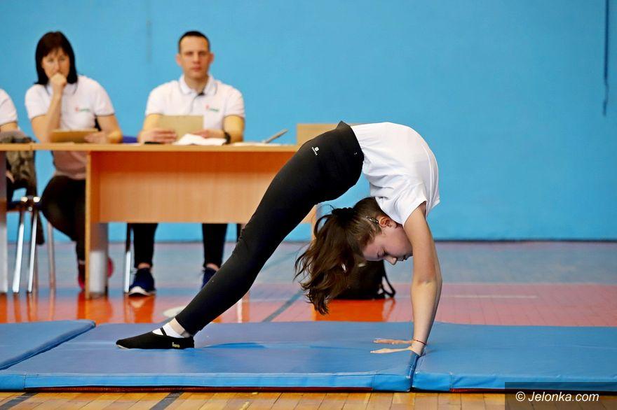 Jelenia Góra: Najlepsi w trójboju akrobatycznym