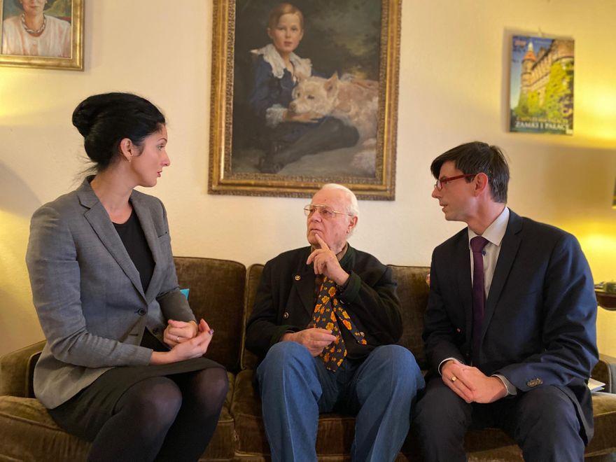 Wałbrzych: Książę Bolko przekazał obrazy do Książa