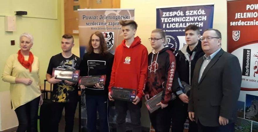 Piechowice: Turniej e–sportowy w Piechowicach