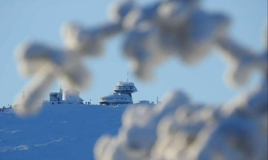 Karkonosze: Śnieżka znów otwarta