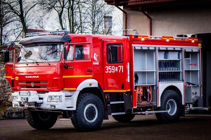 Stara Kamienica: Nowy wóz dla OSP Stara Kamienica