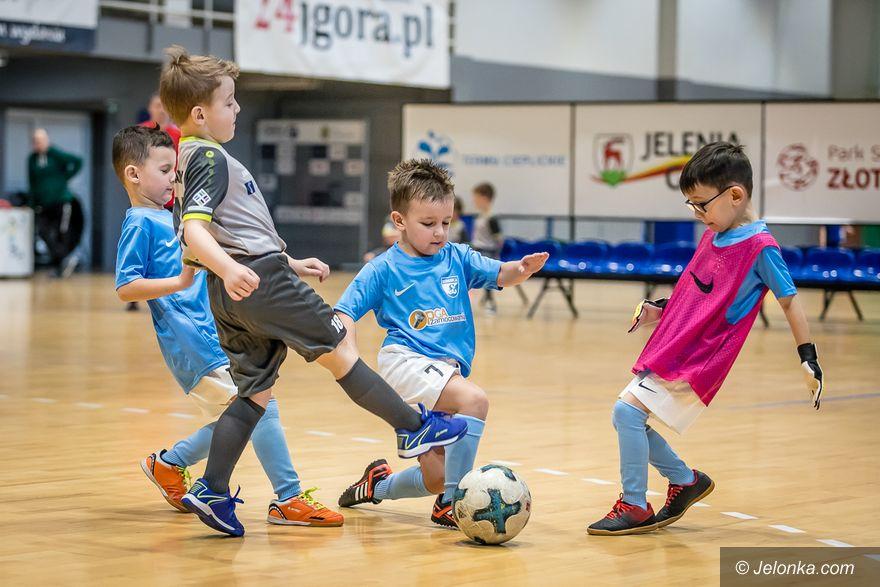 Jelenia Góra: Najmłodsi piłkarze bawili się