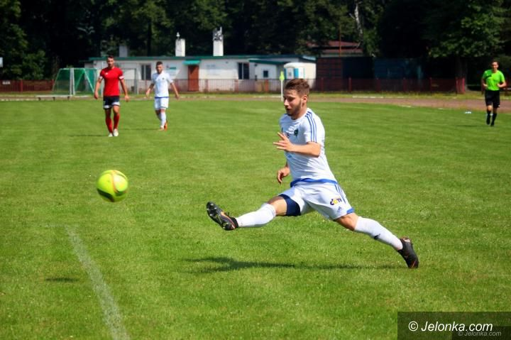 Region: Start piłkarskiej wiosny przełożony