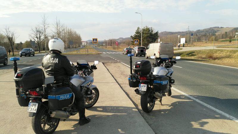 Powiat: Policjanci na motocyklach rozpoczęli sezon