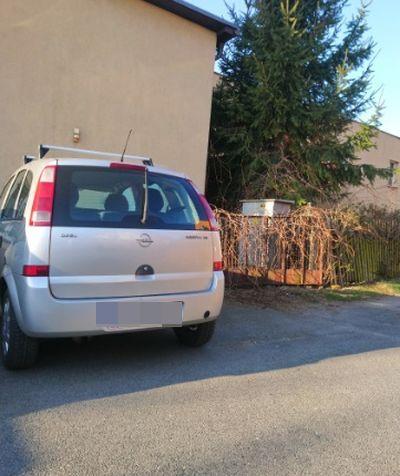 Jeżów Sudecki: Brama to nie parking