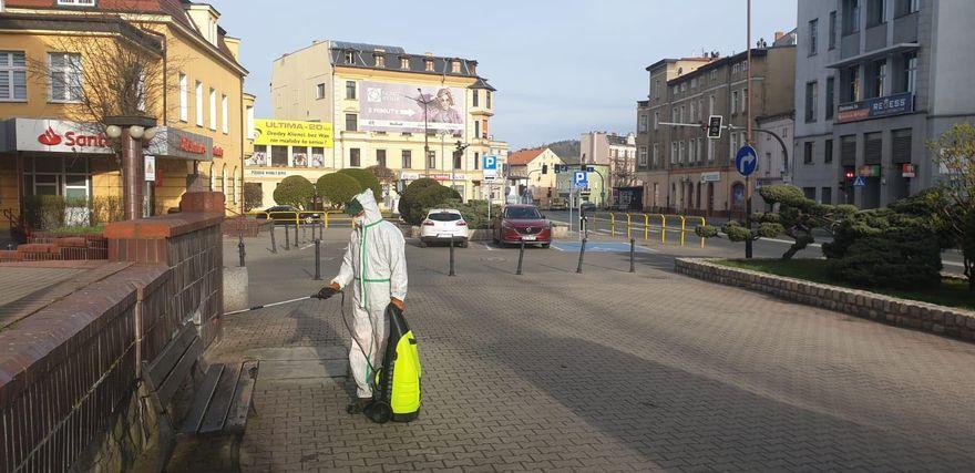Jelenia Góra: W mieście dezynfekcja