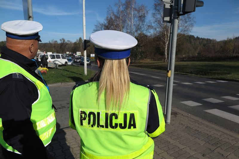 Powiat: Policja: działania podczas długiego weekendu