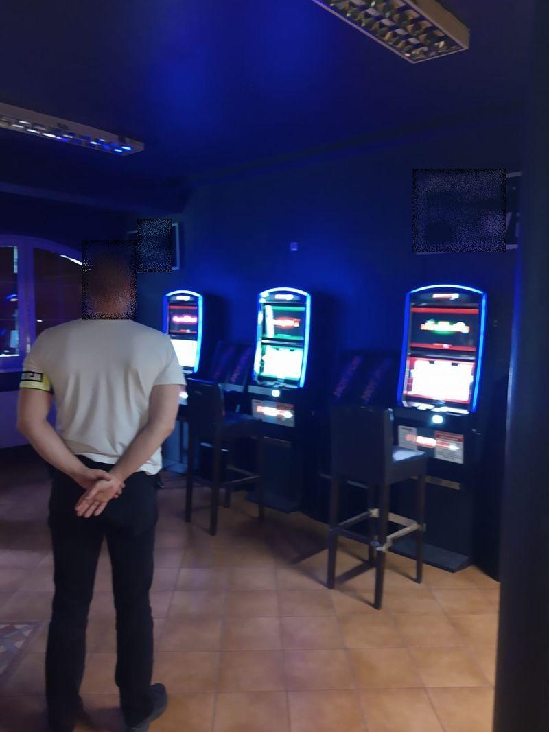 """Piechowice: """"Nalot"""" na automaty do gier hazardowych"""