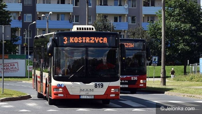 Jelenia Góra: Autobus jak konserwa