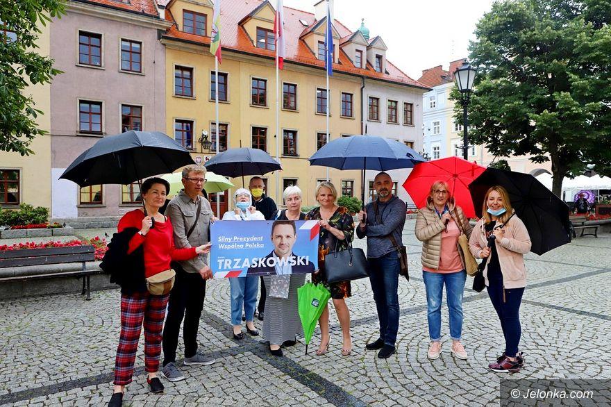 Jelenia Góra: Wsparcie od nauczycieli