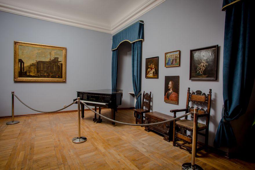 Wałbrzych: Z wrocławskiego muzeum do Książa