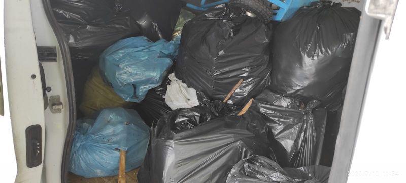 Jelenia Góra: Posprzatał piwnicę, nie segregował odpadów