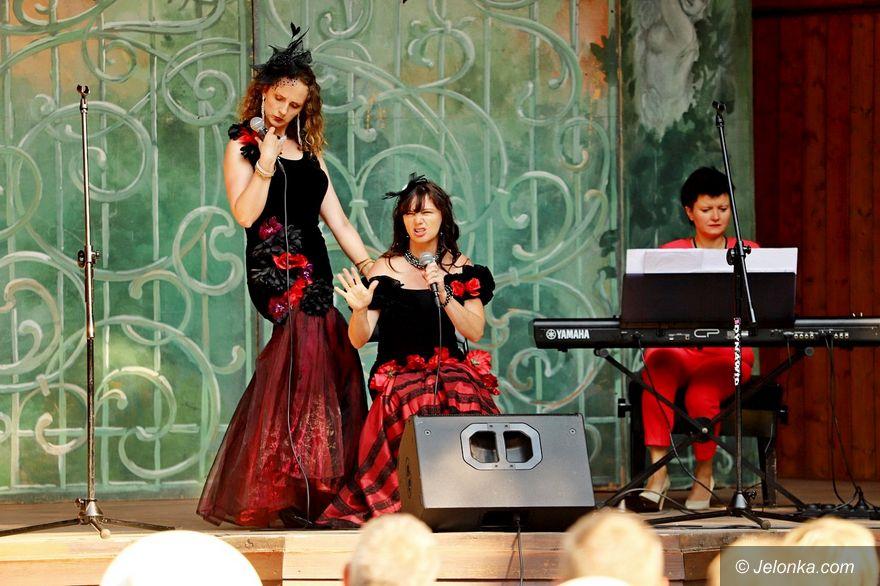 Jelenia Góra: Trio Vocalis operetkowo w Parku Zdrojowym