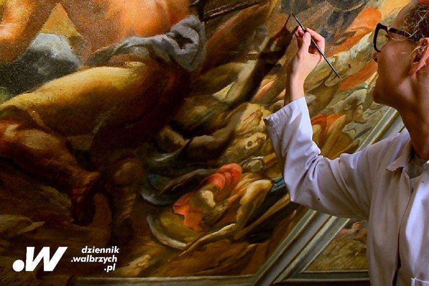 Krzeszów: Renowacja malowideł