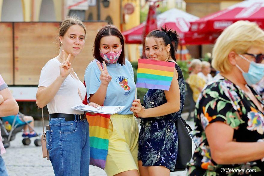 Jelenia Góra: Środowisko LGBT ze wsparciem KOD–u