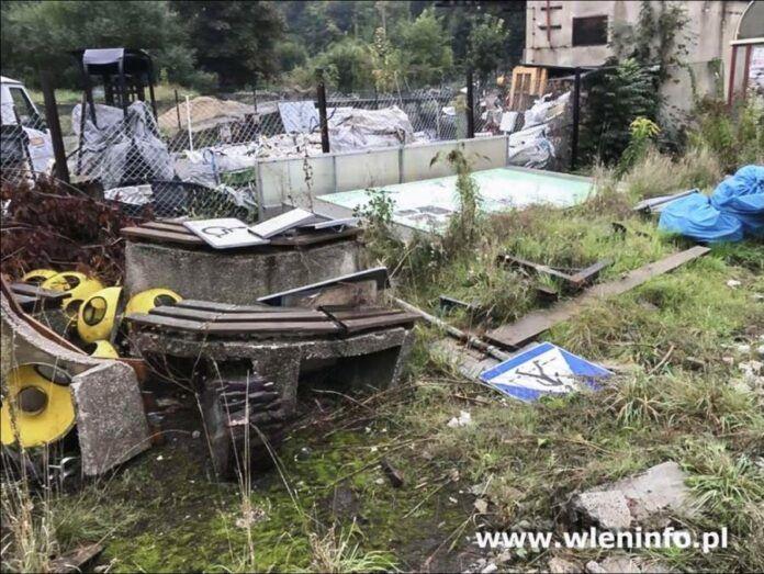 Wleń: Zniszczono tablicę