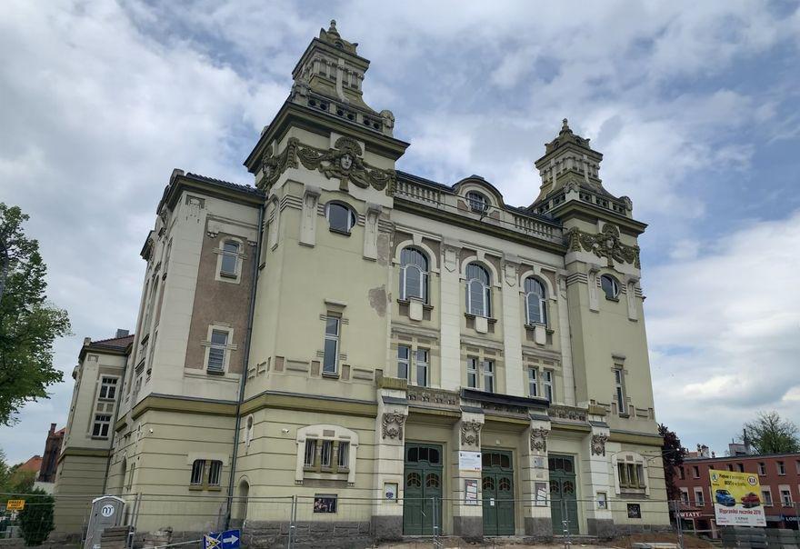 Jelenia Góra: Teatr nadal gra spektakle