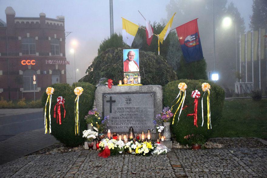 Kamienna Góra: Pamięci Jana Pawła II