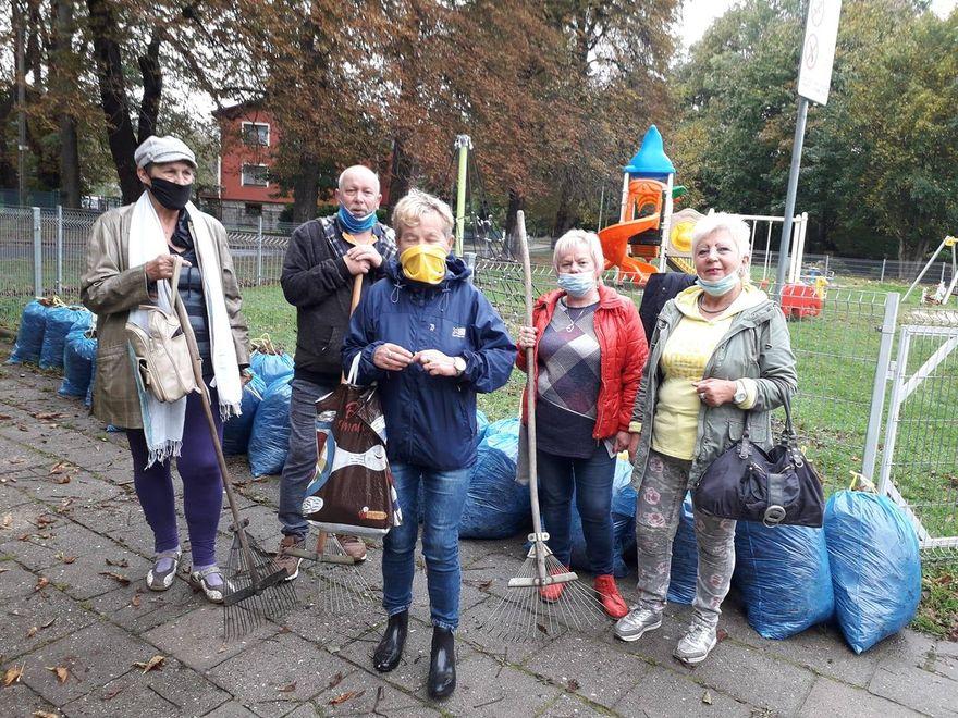 Powiat: Sprzątali Karkonosze