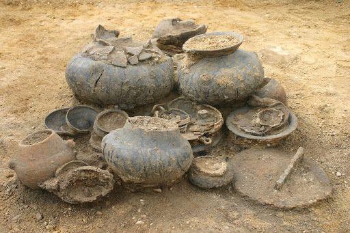 Region: Groby dawniej i obecnie