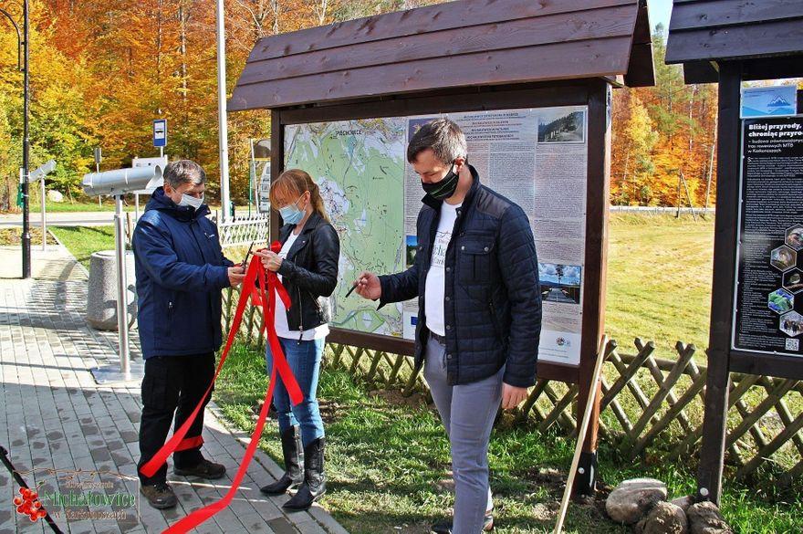 Piechowice: Skromne otwarcie ścieżki edukacyjno–turystycznej