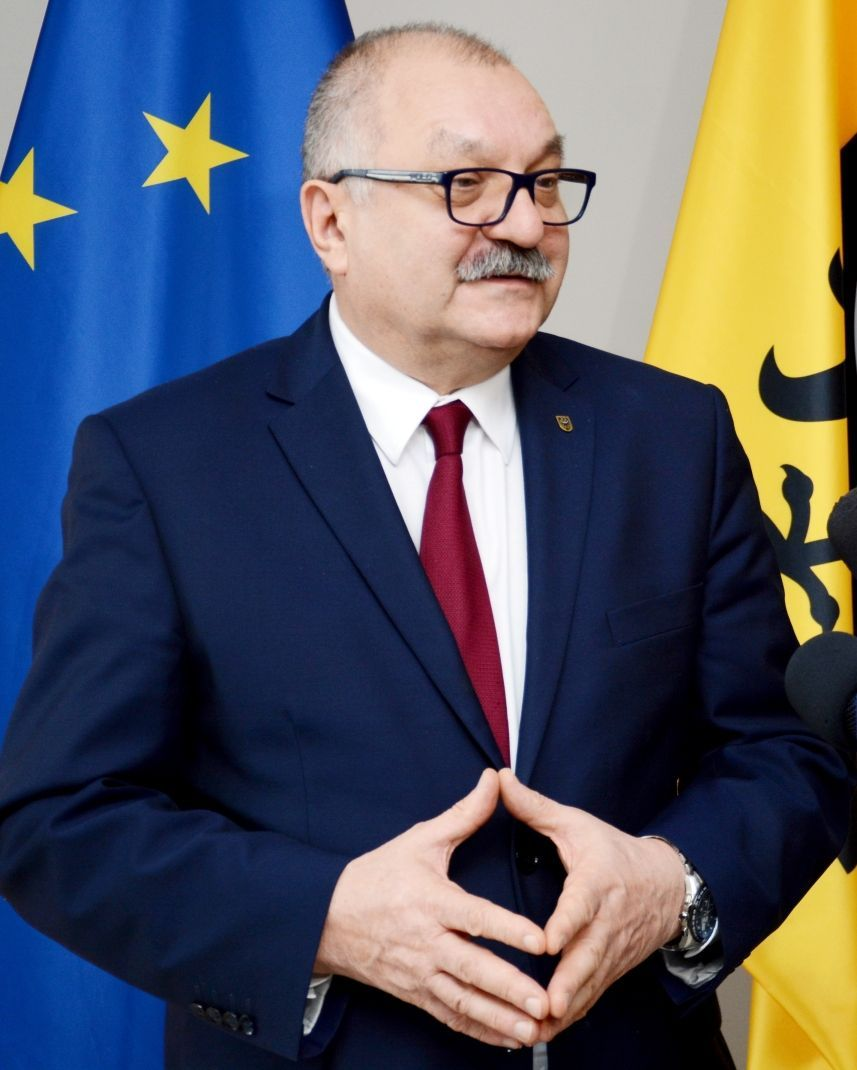 Region: Marszałek odpowiada prezydentowi Łużniakowi