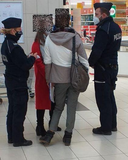 Jelenia Góra: Działania policji ze służbami sanitarnymi