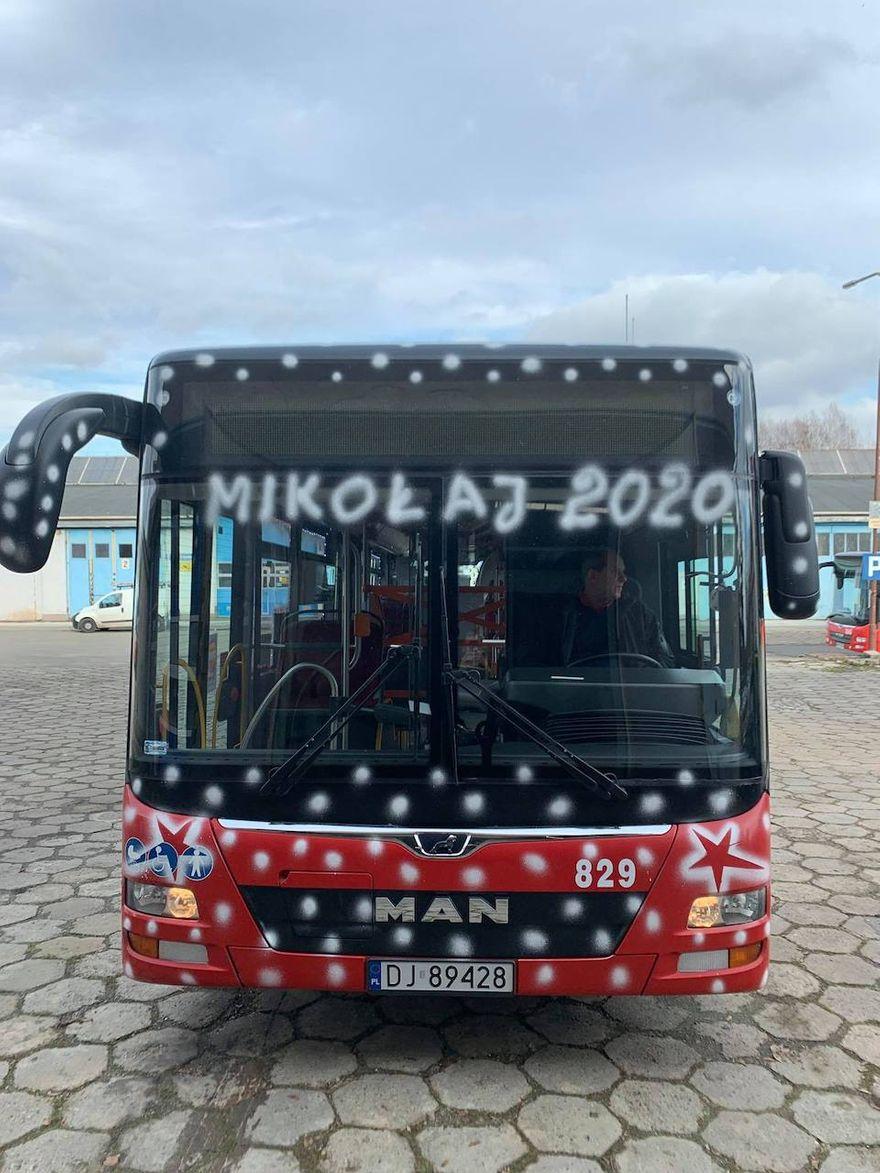 Jelenia Góra: Mikołaj w autobusie!