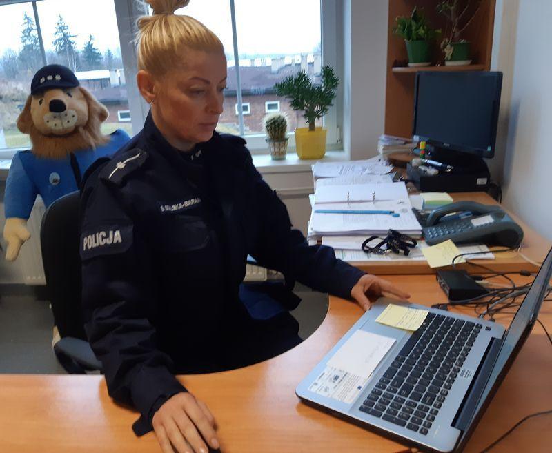 Jelenia Góra: Policjantka zachęcała studentów do służby w Policji