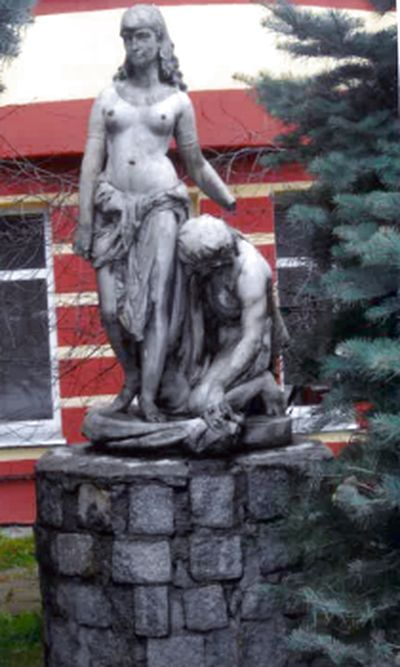 Jelenia Góra: Gdzie jest rzeźba?