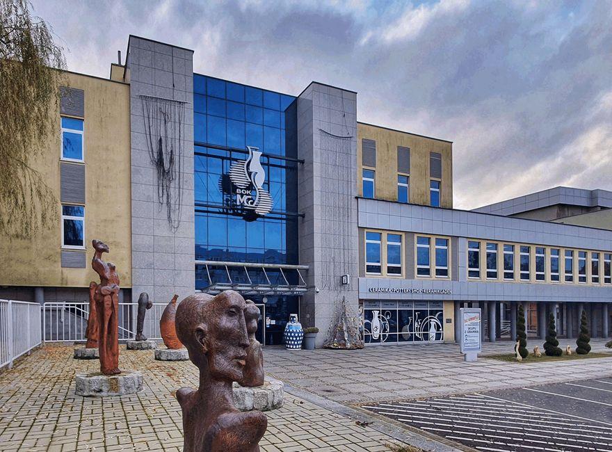 Bolesławiec: Po plenerze Park sztuki