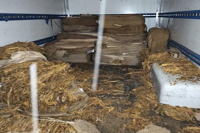 Jelenia Góra: Funkcjonariusze przejęli tytoniową kontrabandę