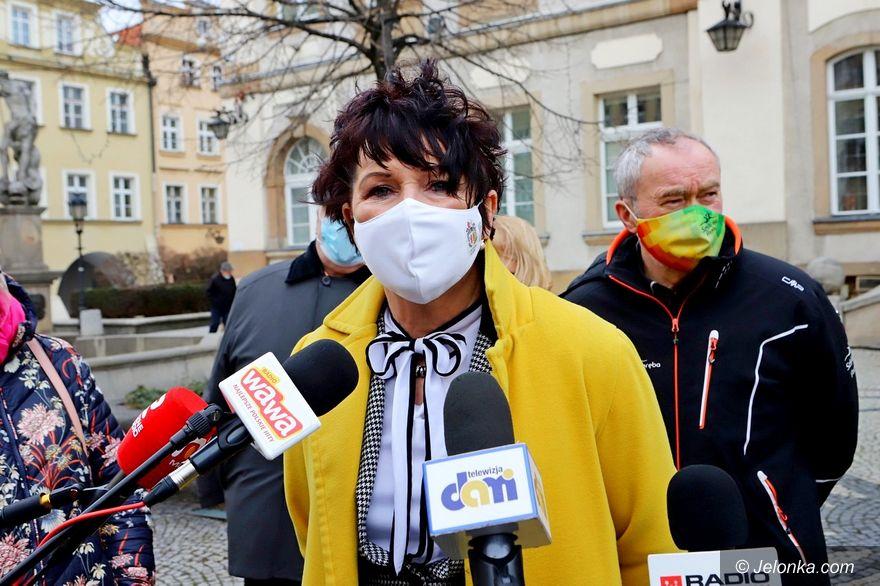 Jelenia Góra: Samorządowcy o braku wsparcia od posłów PiS
