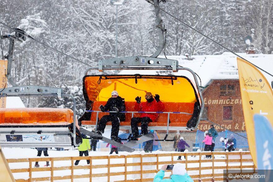 Karpacz: Turyści i narciarze szczęśliwi