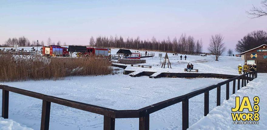 Mściwojów: Chcieli przejść przez lód